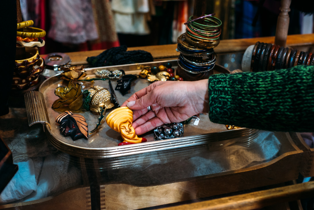 Delphine vintage second hand shopping Milano guide