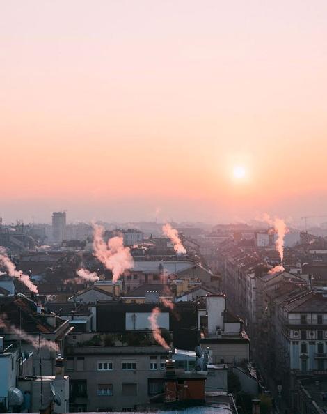Soluppgång över milano Italien Westin Palace