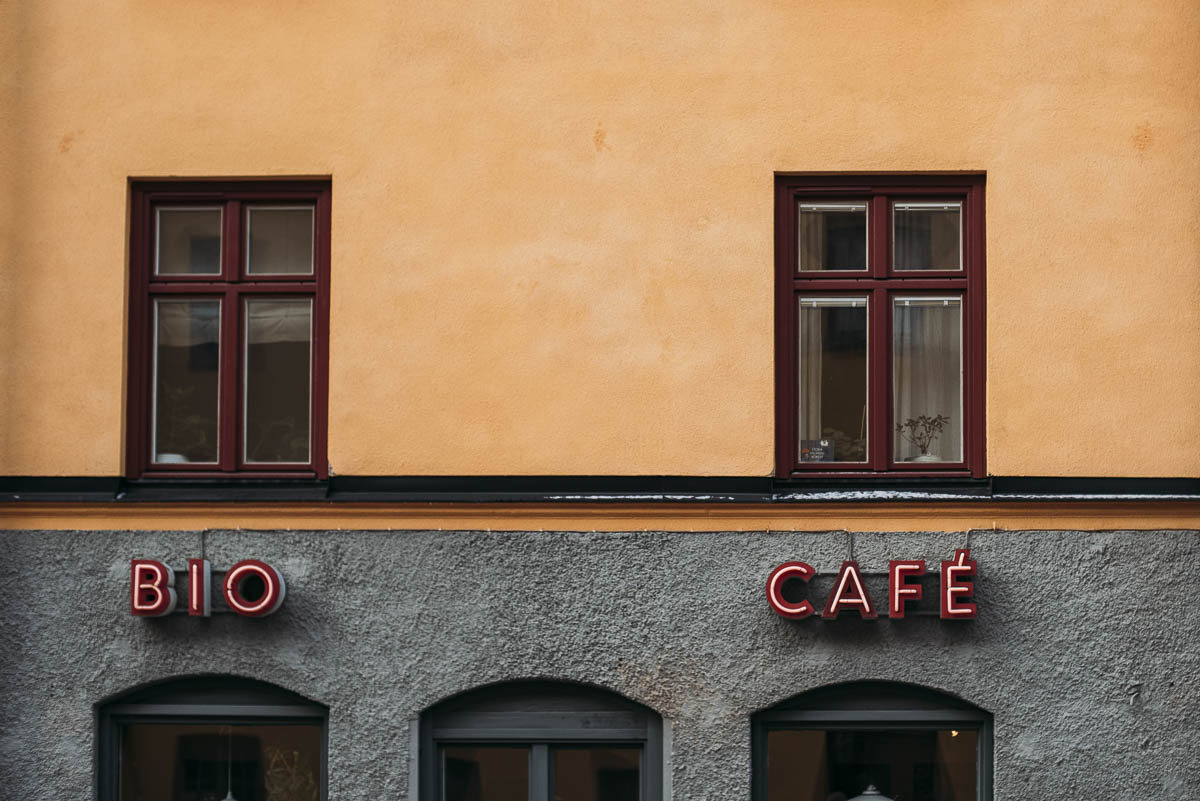 äta och vintage shopping i MIdsommarkransen Stockholm