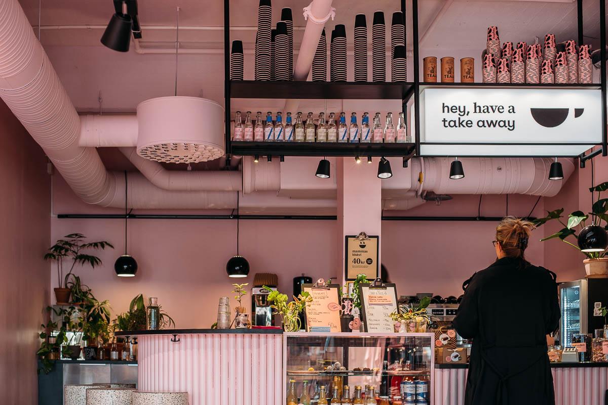 Rosa kaffebar och butik Heyday i Göteborg