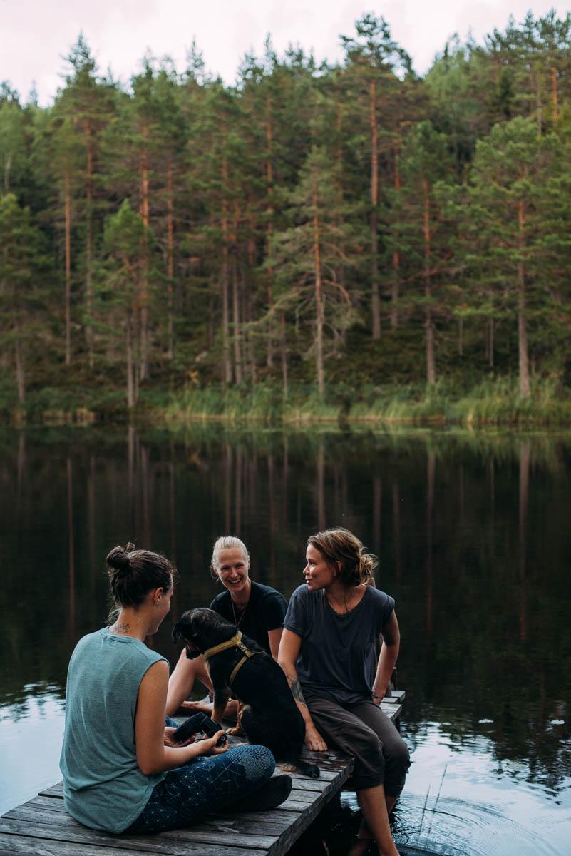 Bo i Norrland i en stuga utan el och rinnande vatten.