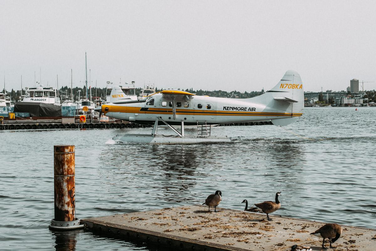 kenmore air flygplan på lake union i seattle