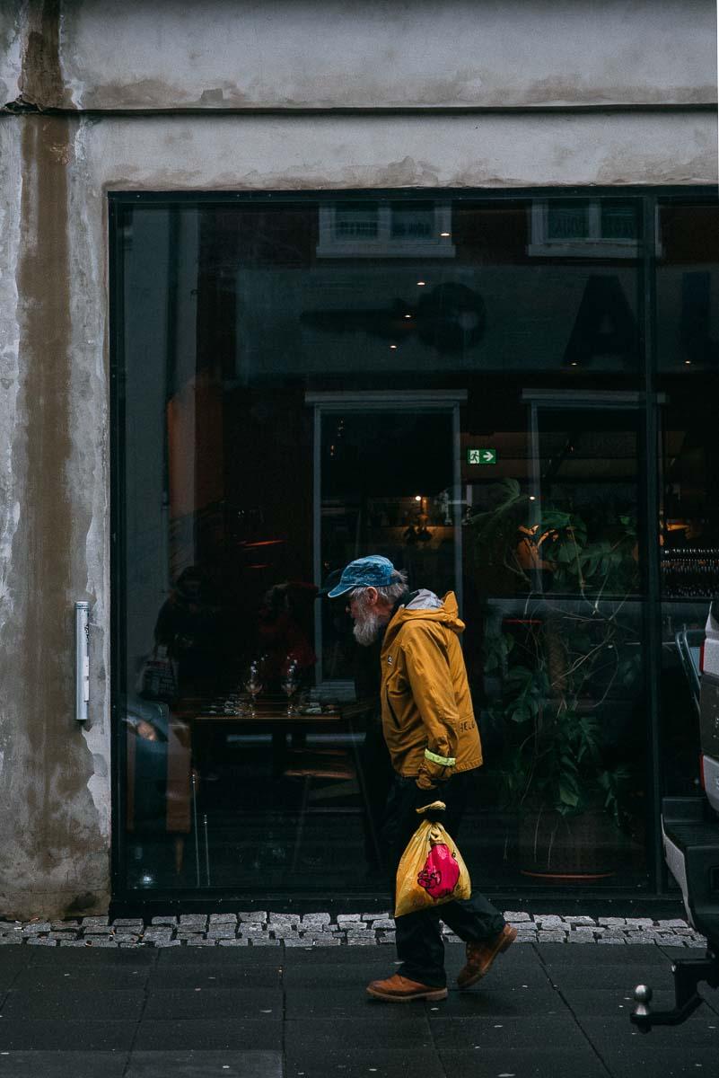 gatufoto på Reykjaviks gator