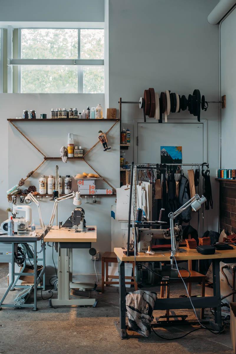 En shopping guide till dig som vill hitta annorlunda butiker att besöka i Seattle med en mix av second hand och nya föremål, affären Uphil är en av dessa.