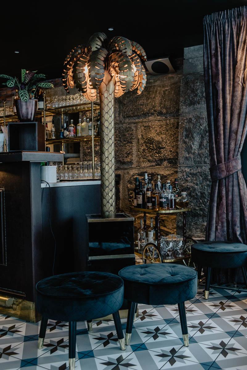 Bo på Thorskogs slott utanför Göteborg med middag och bar