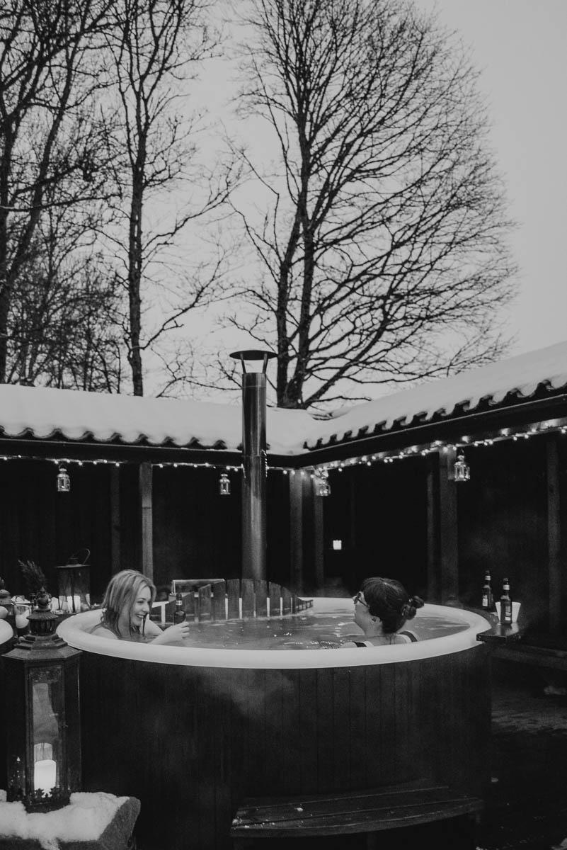 Slottsweekend med att bada badtunna på Thorskogs slott