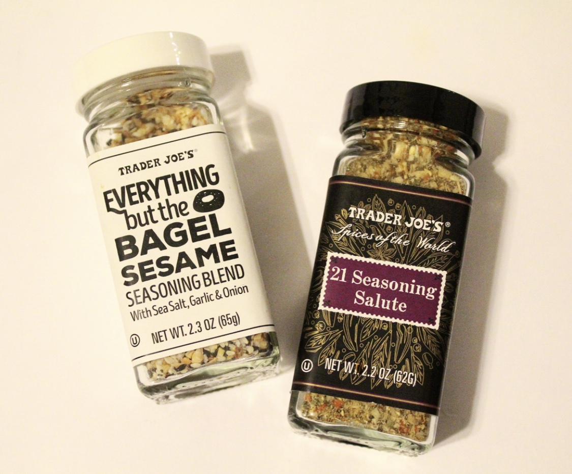 15. Seasonings - Last but not least, these two seasoning blends! This everything but the bagel seasoning is delicious on top of sautéed leafy greens like collard greens. It's also delicious on eggs and avocado. I love adding 21 seasoning blend to my roasted vegetables or when I'm prepping turkey burgers or baked chicken.