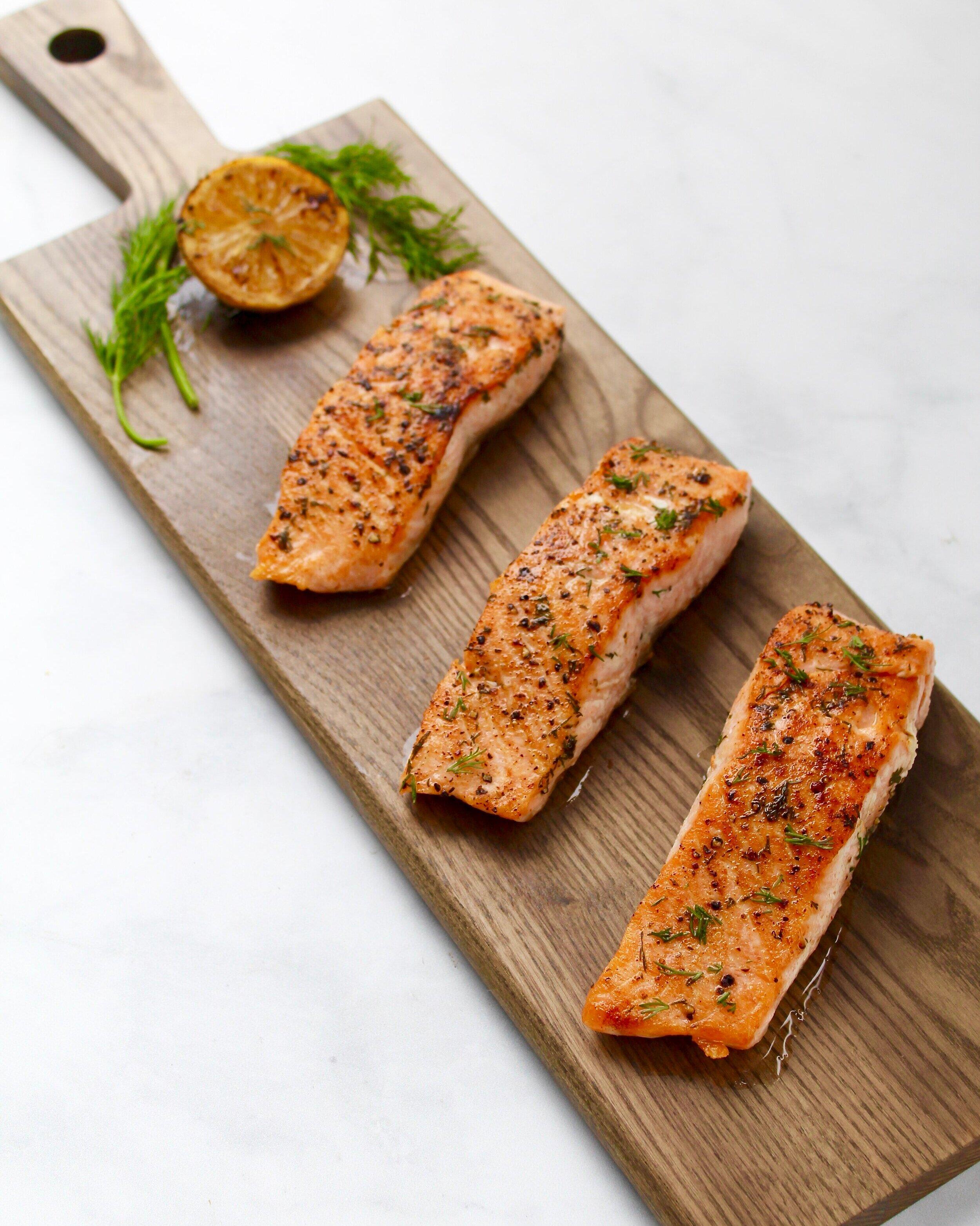 锅+烤鲑鱼