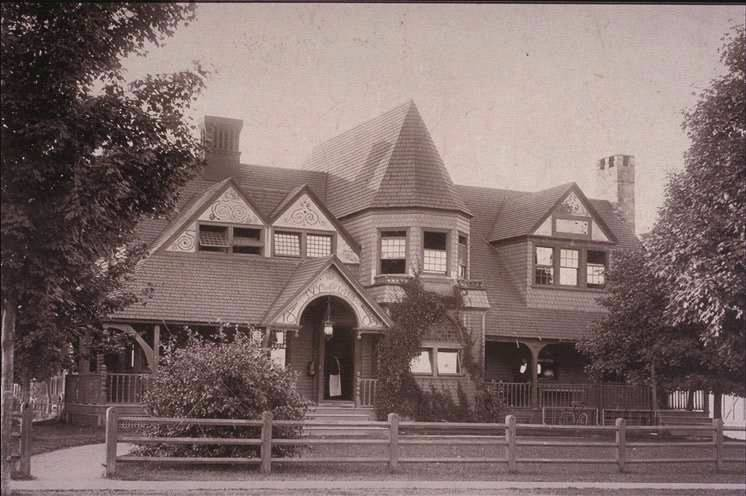 Old Ivy Building, 1897