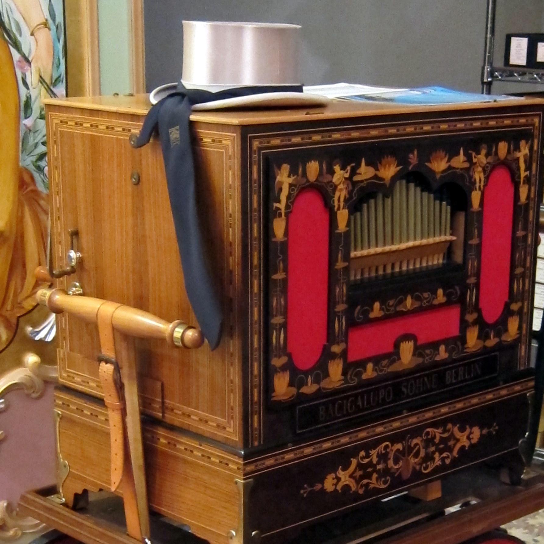 45 key Niemuth Bacigalupo Trumpet Organ