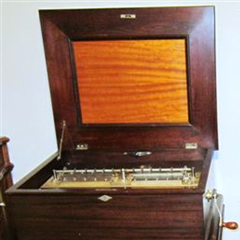 New Century 4 Comb Music Box with Stand