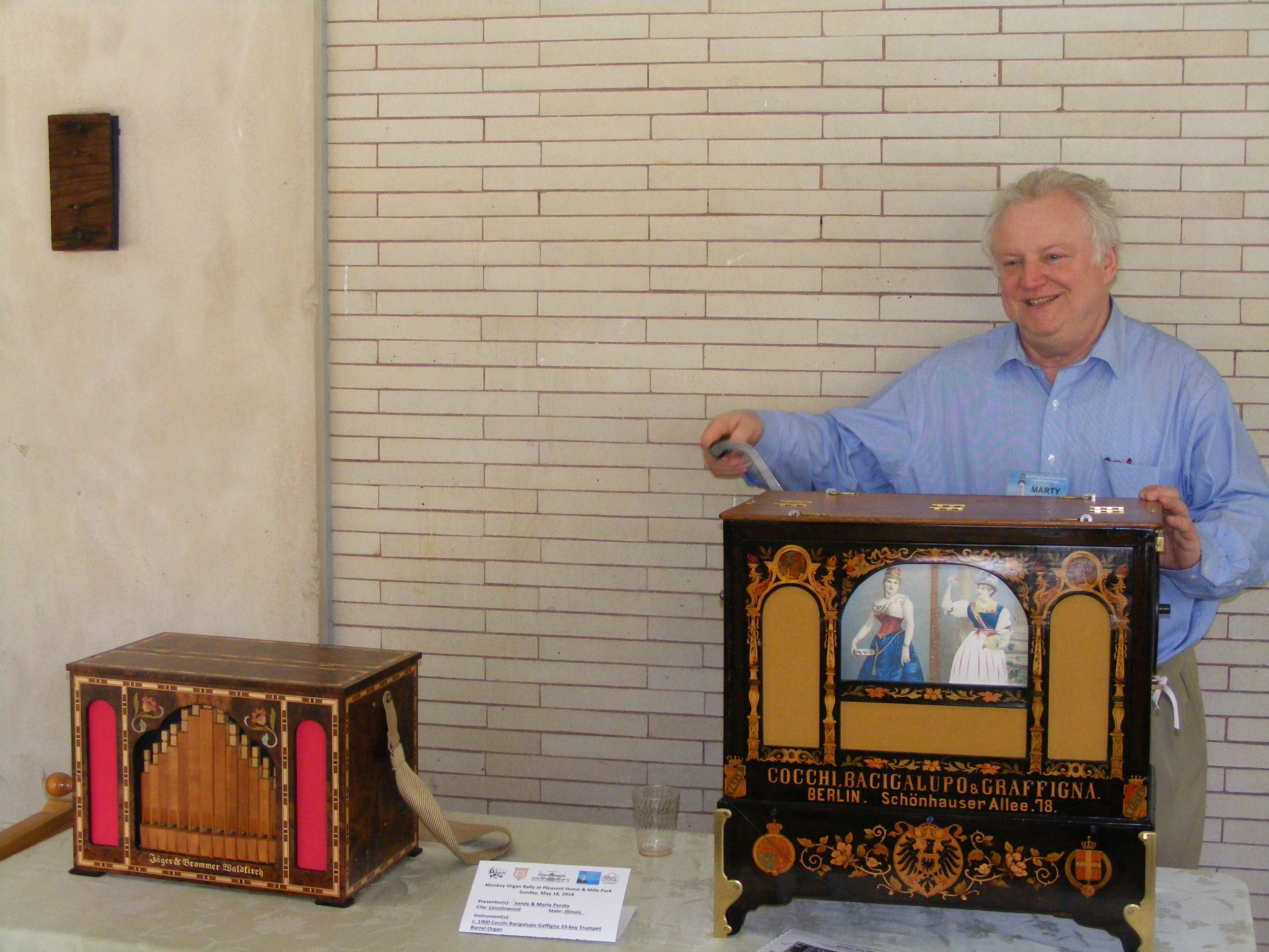 Playing the   Bacigalupo   trumpet organ.