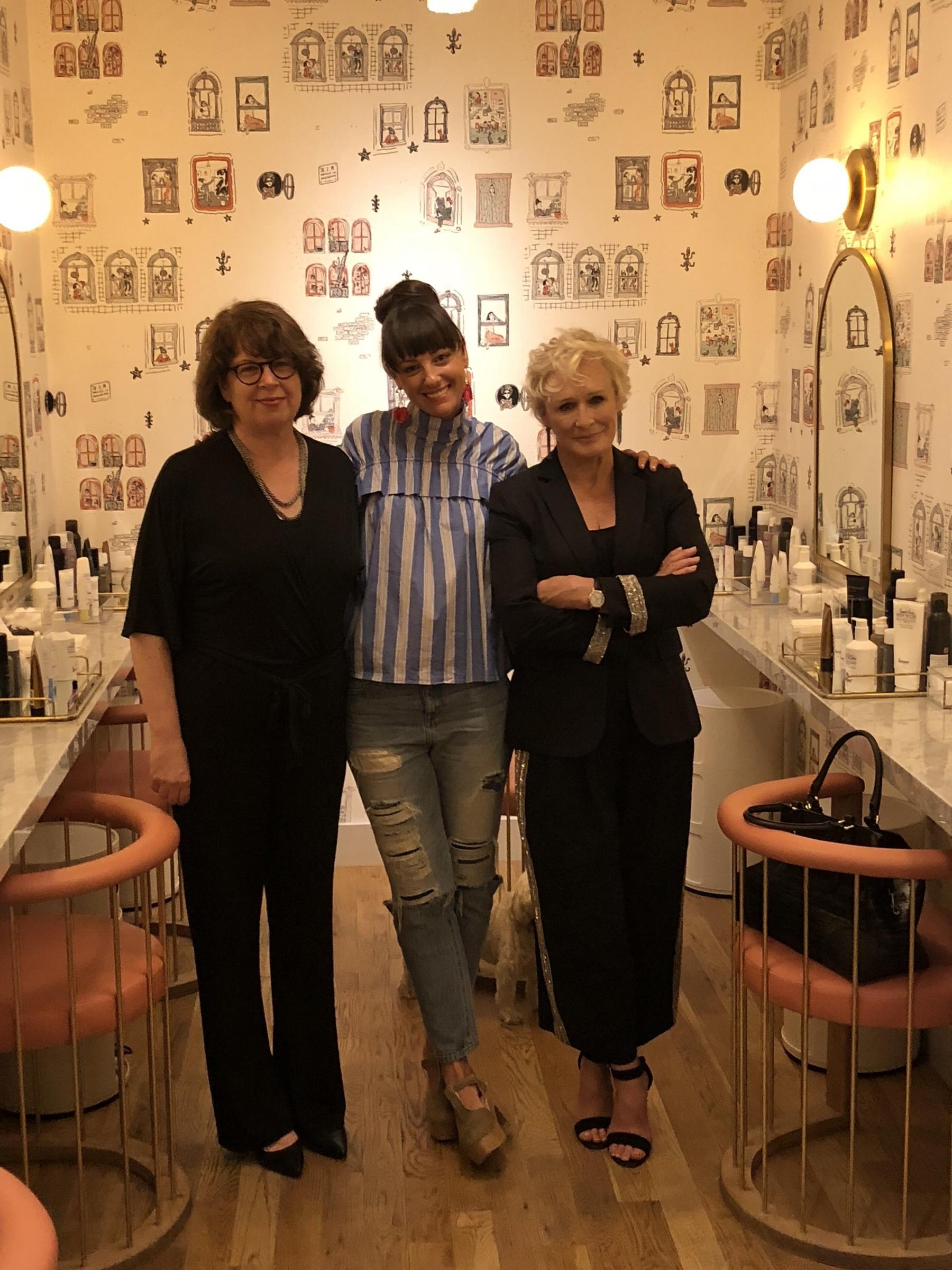 Ladies Room -