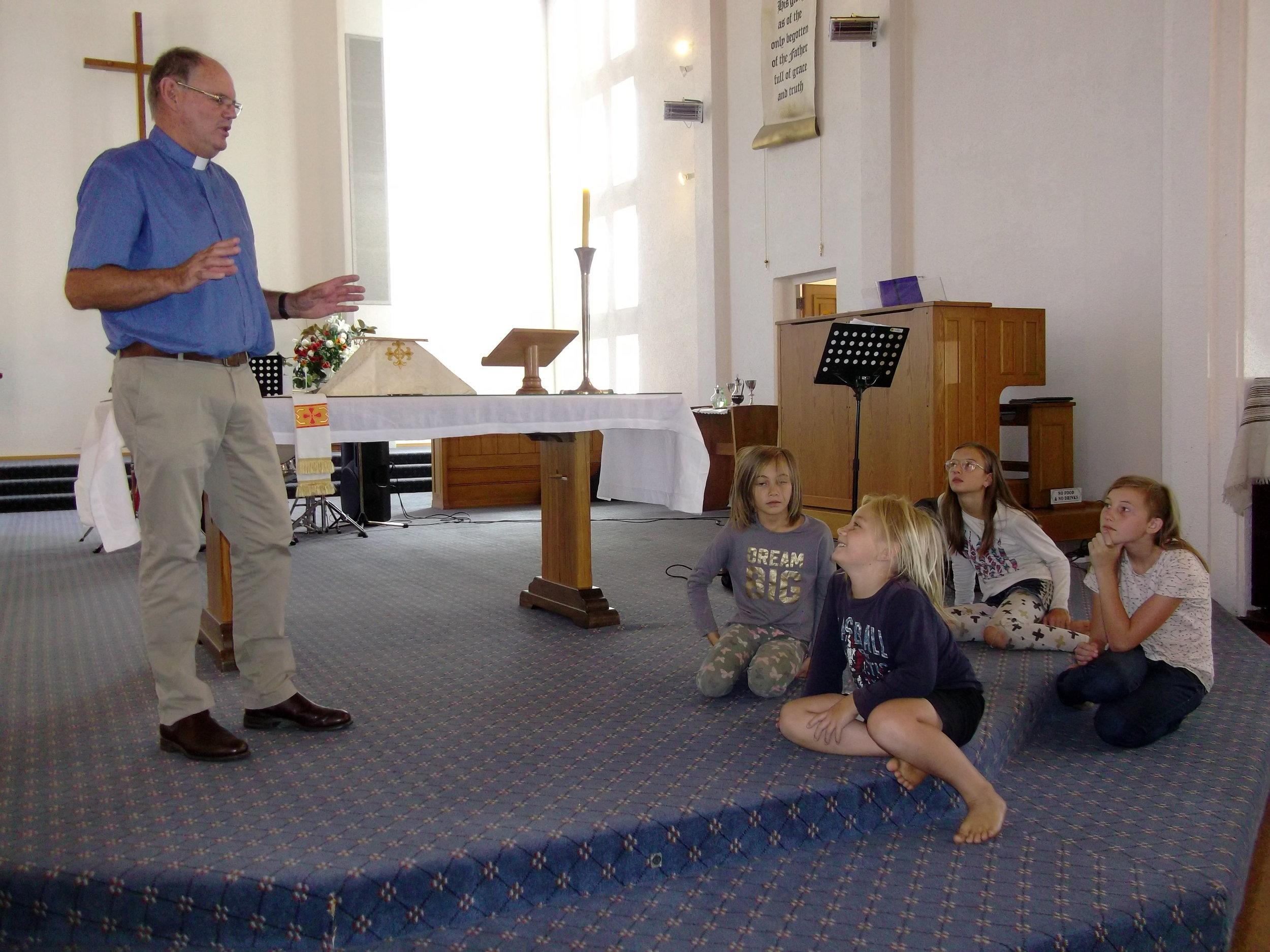 b 3-2-19 Steve Thomson & children (2).jpg