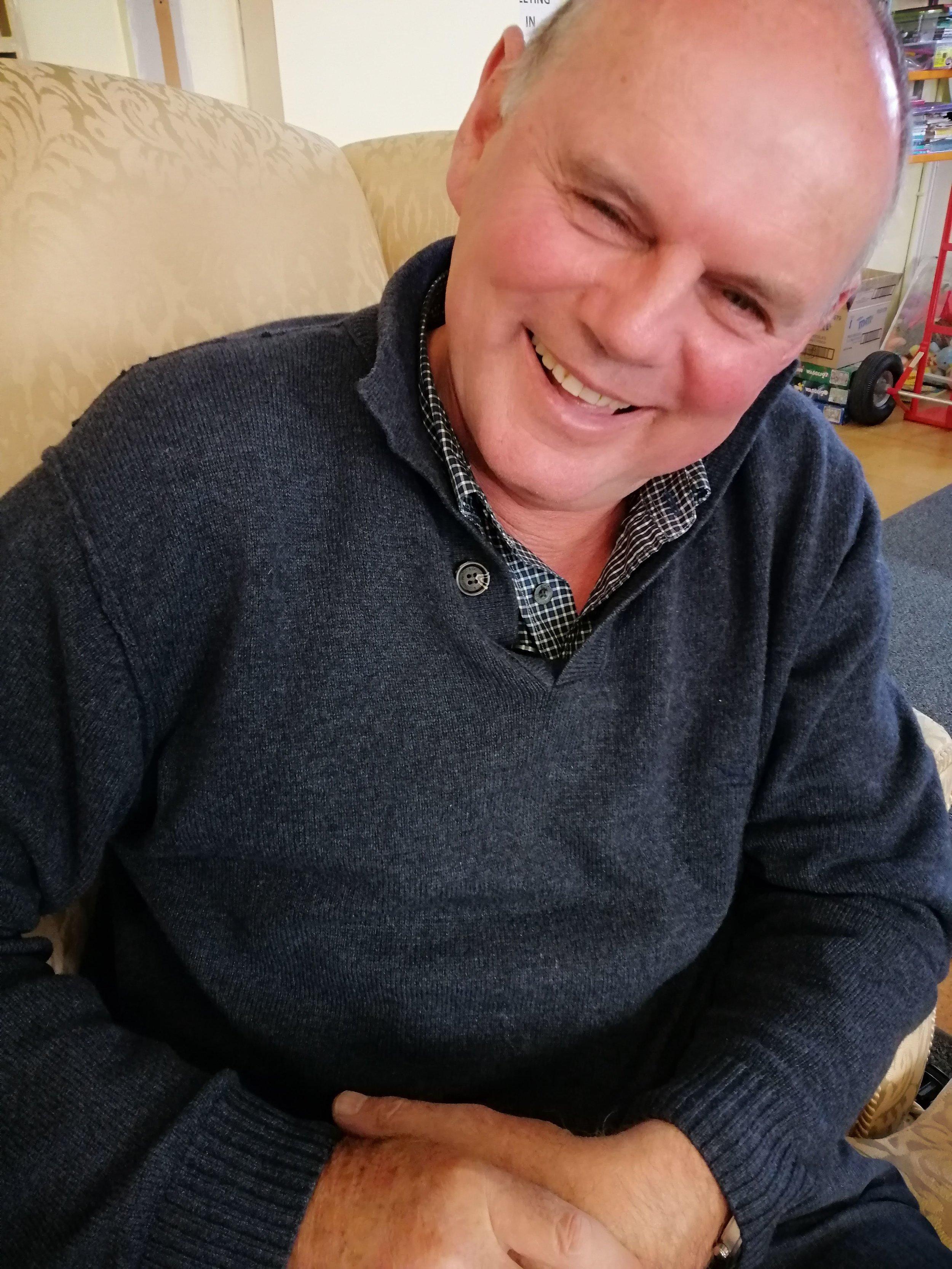 Rev Steve Thomson.jpg