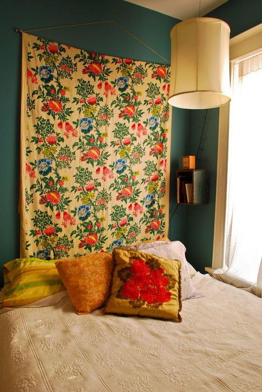 Cozy dark green bedroom