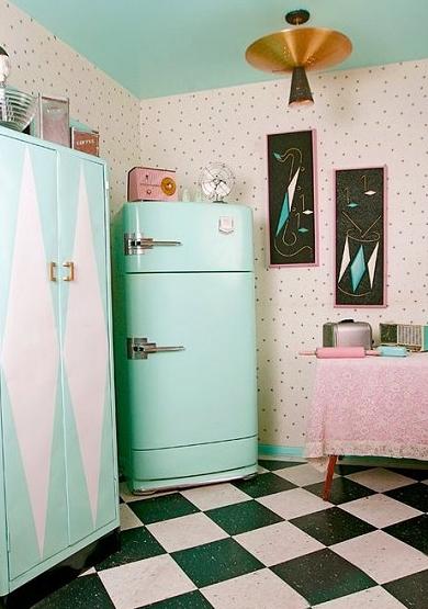Retro pastel kitchen via Decorating Theme Bedrooms | Freckle & Fair