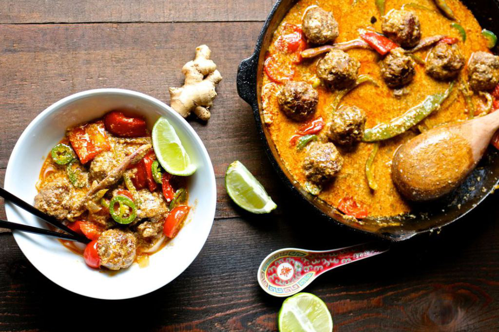 Red thai meatball curry via Naked Cuisine