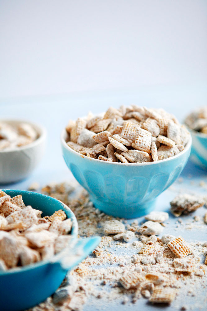 Cookie butter puppy chow snack recipe | freckleandfair.com