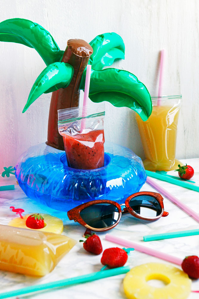 Adult Capri Sun — alcoholic Surfer Cooler & strawberry kiwi drinks | freckleandfair.com