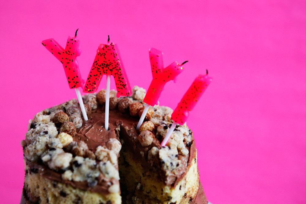 Reese's Puffs Momofuku Milk Bar birthday cake | freckleandfair.com
