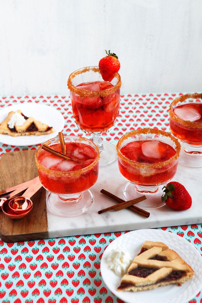 Strawberry rhubarb pie cocktail   freckleandfair.com