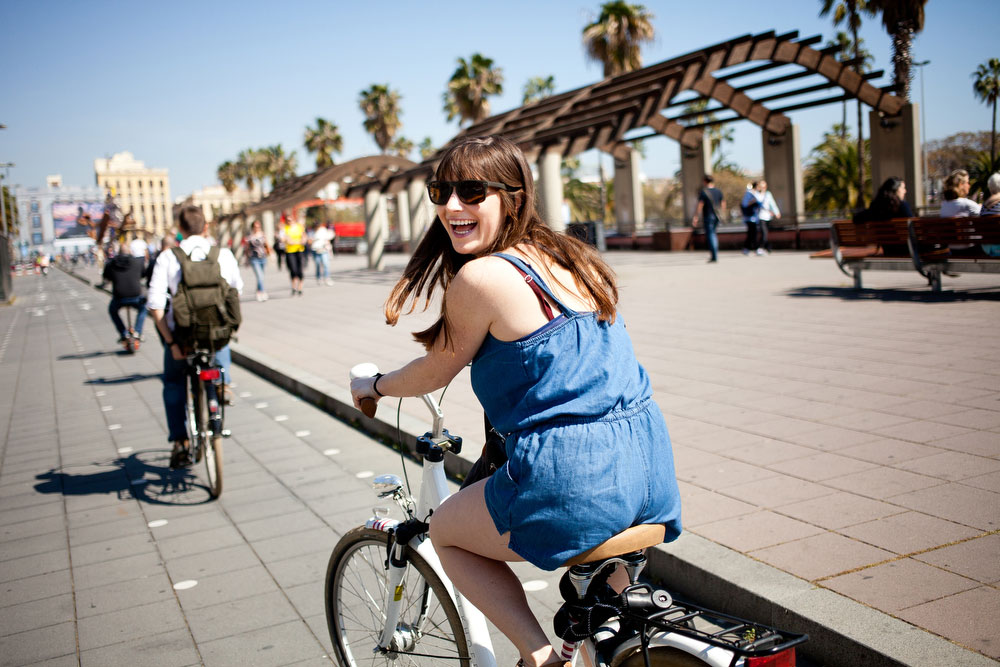 Biking | What to do in Barcelona | freckleandfair.com