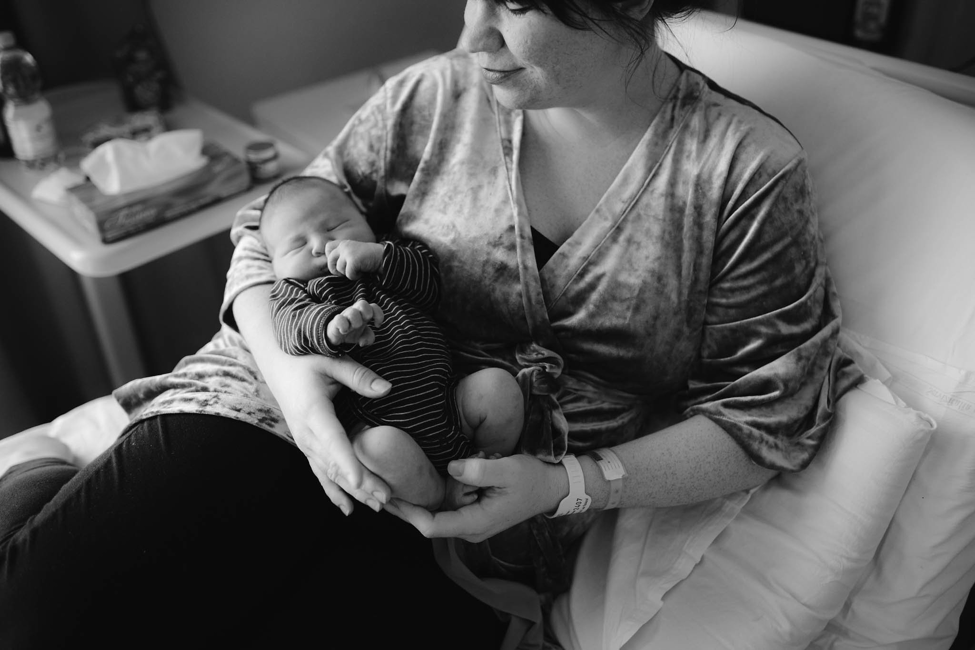 Welcome, Fox! Our birth story | www.freckleandfair.com
