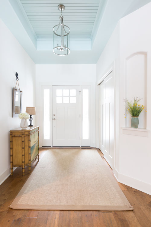 Lilly Road Coastal Home Entry >>
