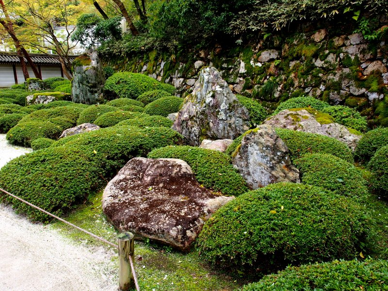 Here's the actual garden--can you spot the  Amida Nyorai?