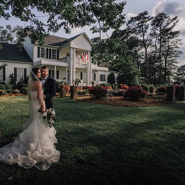 """I love you more than yesterday but less than tomorrow."" #northcarolinaweddingphotographer #wncweddings #boonewedding #blueridgeparkway #westjefferson #ashecounty #watuaga #ashevillewedding"