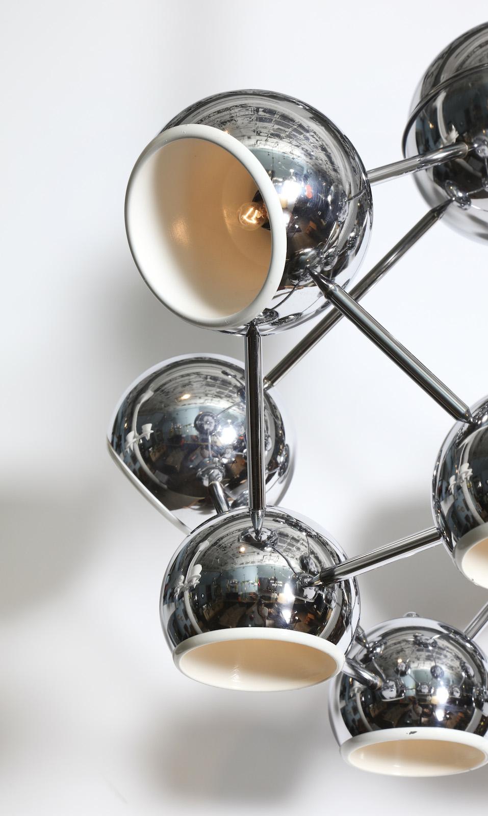 Molecule 6R1A6594.jpg