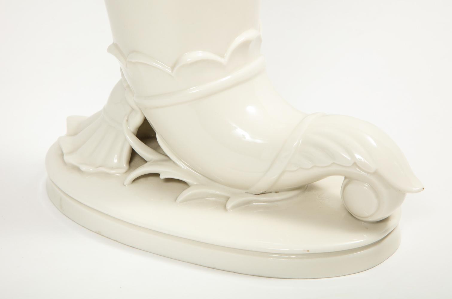 German Porcelain Horn 6R1A8595.jpg