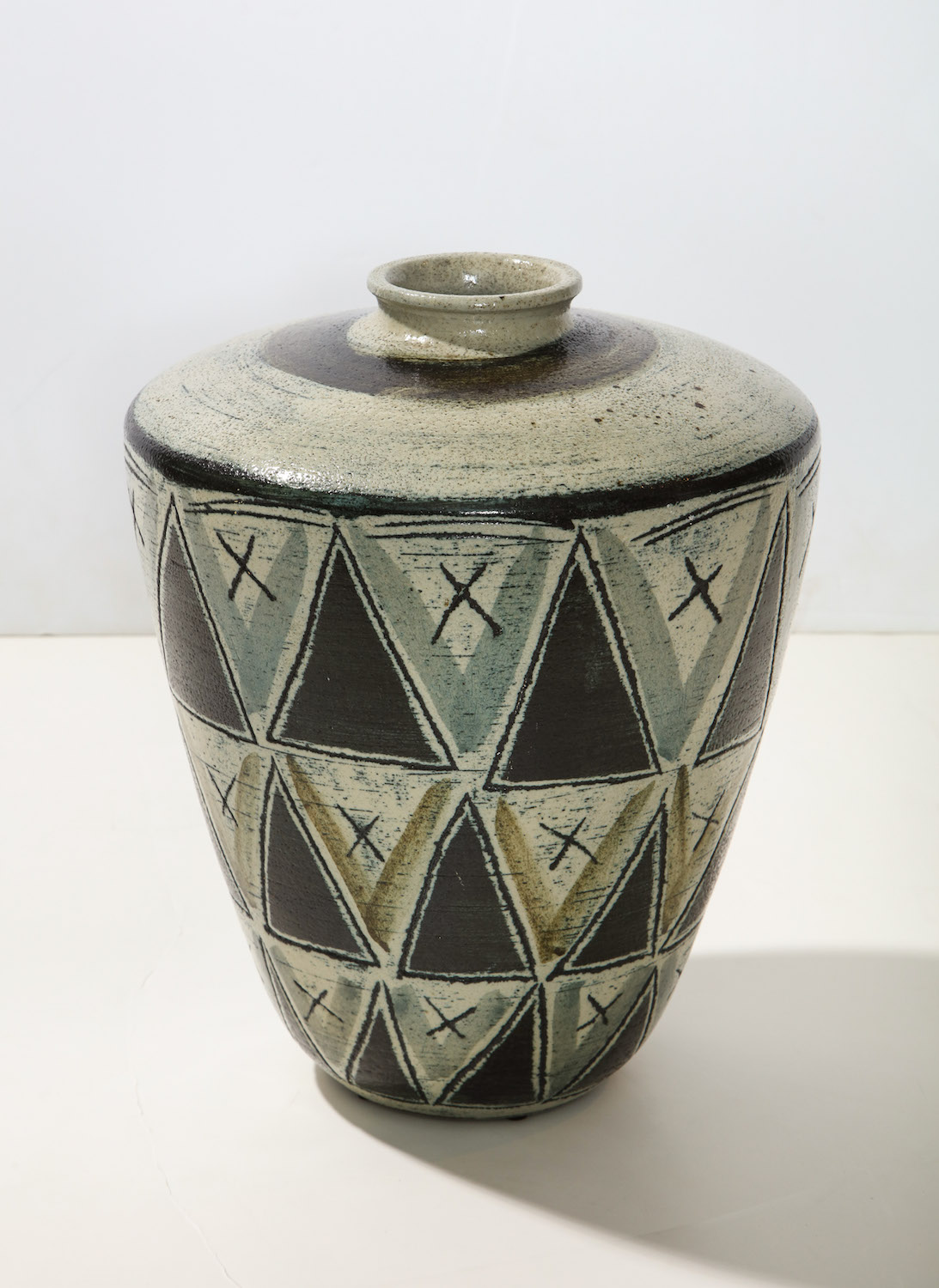 Anders Bruno Triangle Vase 5.jpg