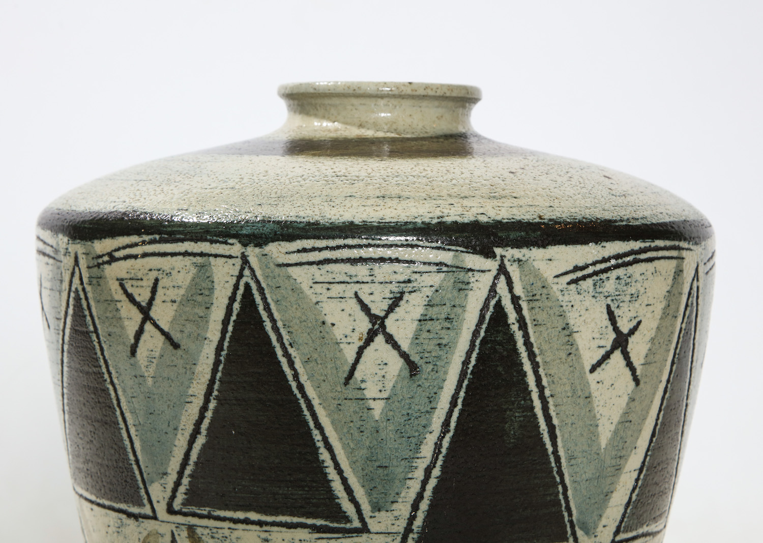 Anders Bruno Triangle Vase 6.jpg