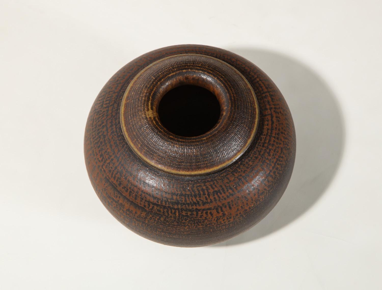 Kage Farsta Low Vase 2.jpg