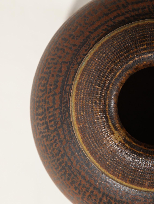 Kage Farsta Low Vase 3.jpg