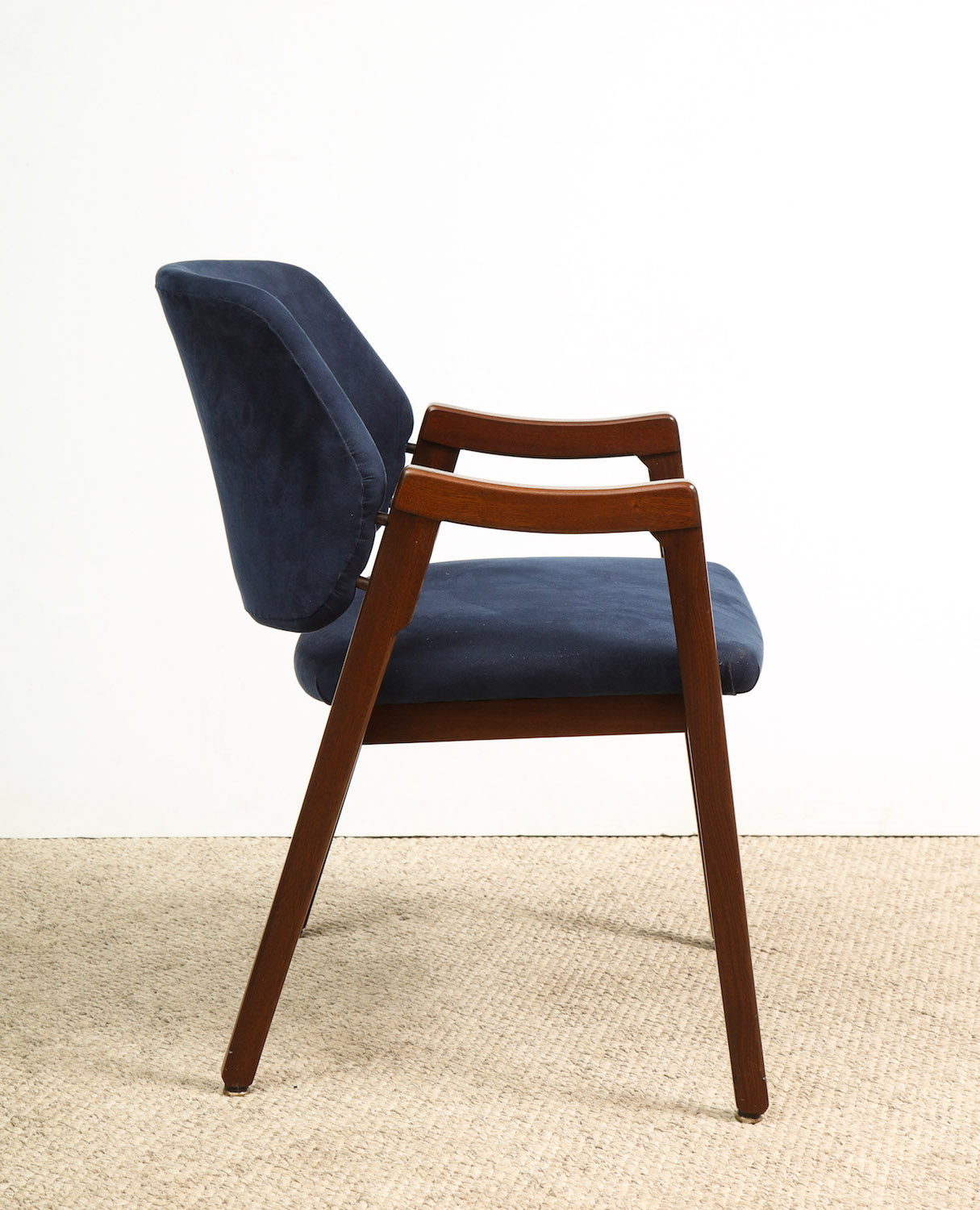 Parisi Chair 5.jpg