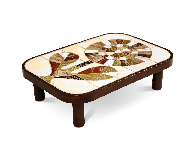 Capron Flower Table 1.jpg