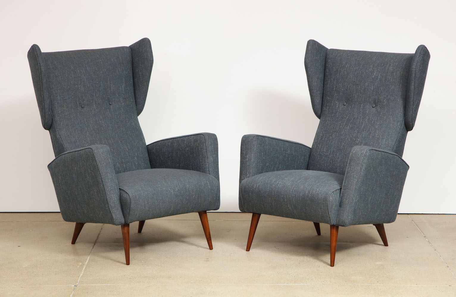 Ponti Dassi Wing Chairs 2.jpg