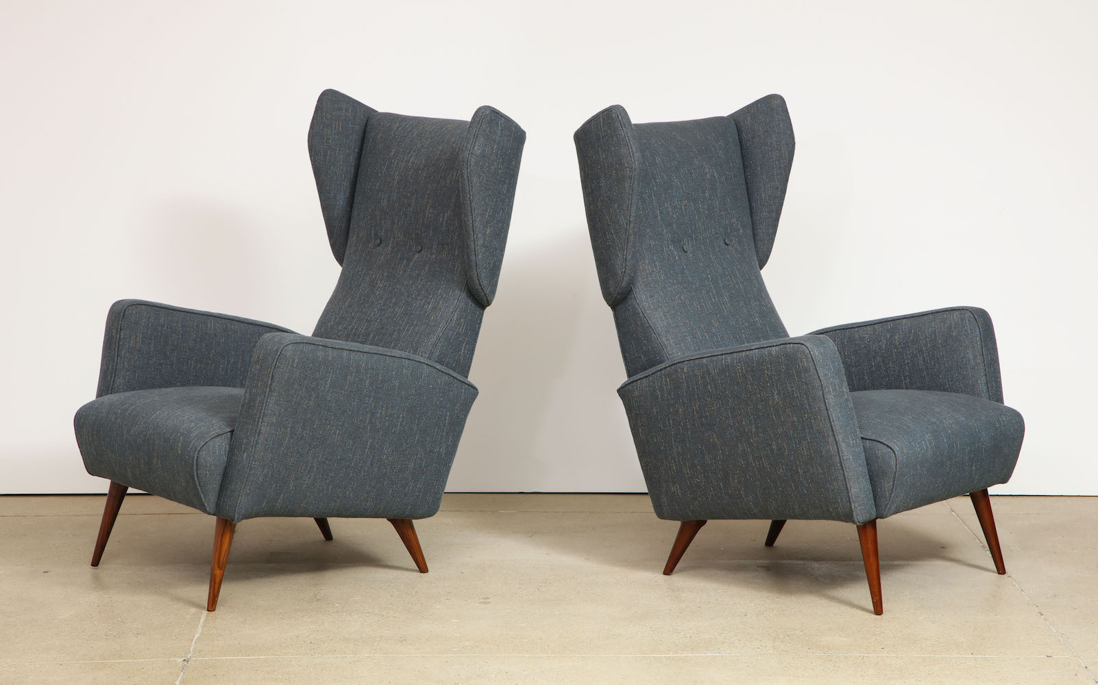 Ponti Dassi Wing Chairs 4.jpg