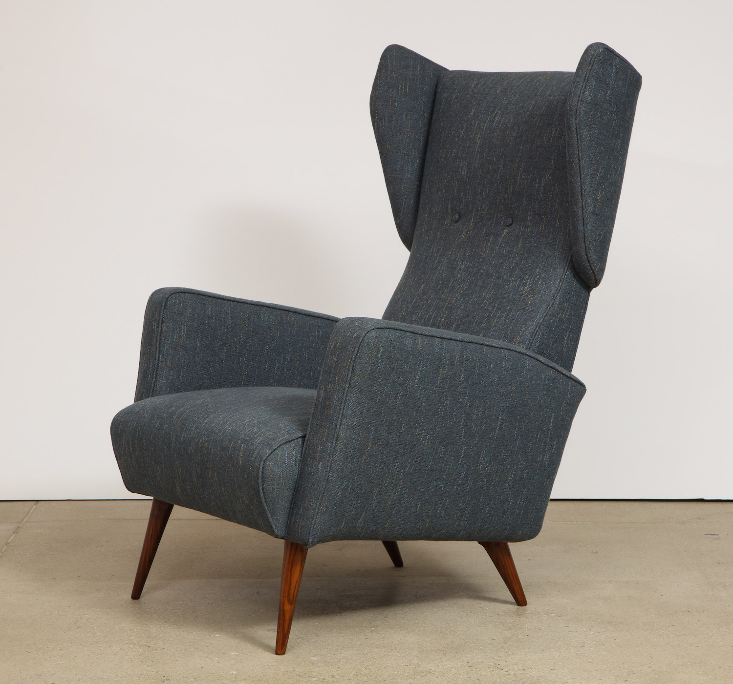 Ponti Dassi Wing Chairs 8.jpg