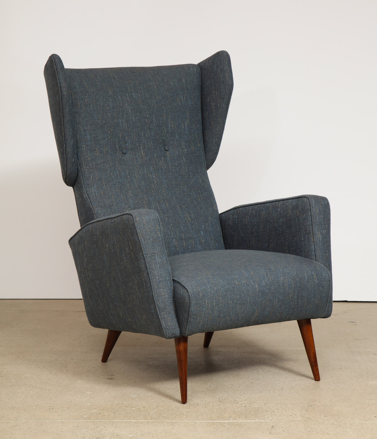 Ponti Dassi Wing Chairs 10.jpg