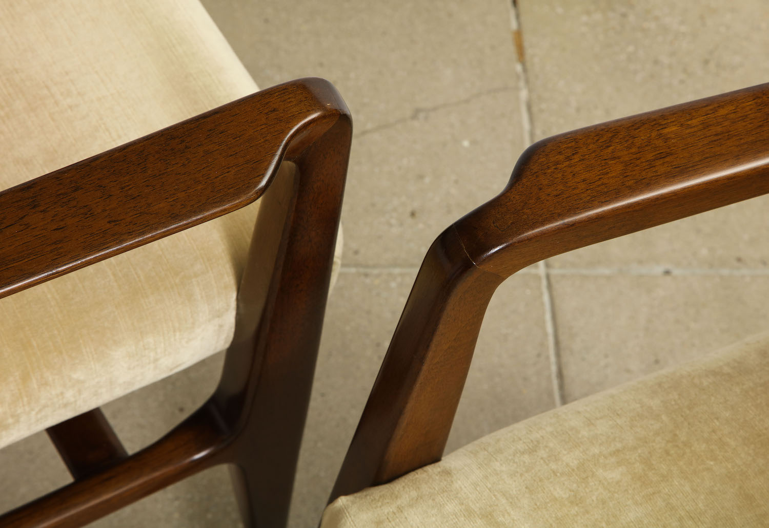 Ponti Singer Dining Arm Chairs 5.jpg