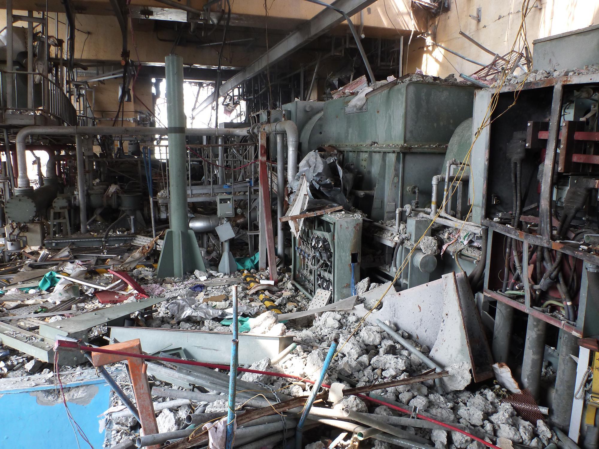 2a reactor 4 fukushima-pipes1 unit 4 reactor four.jpg