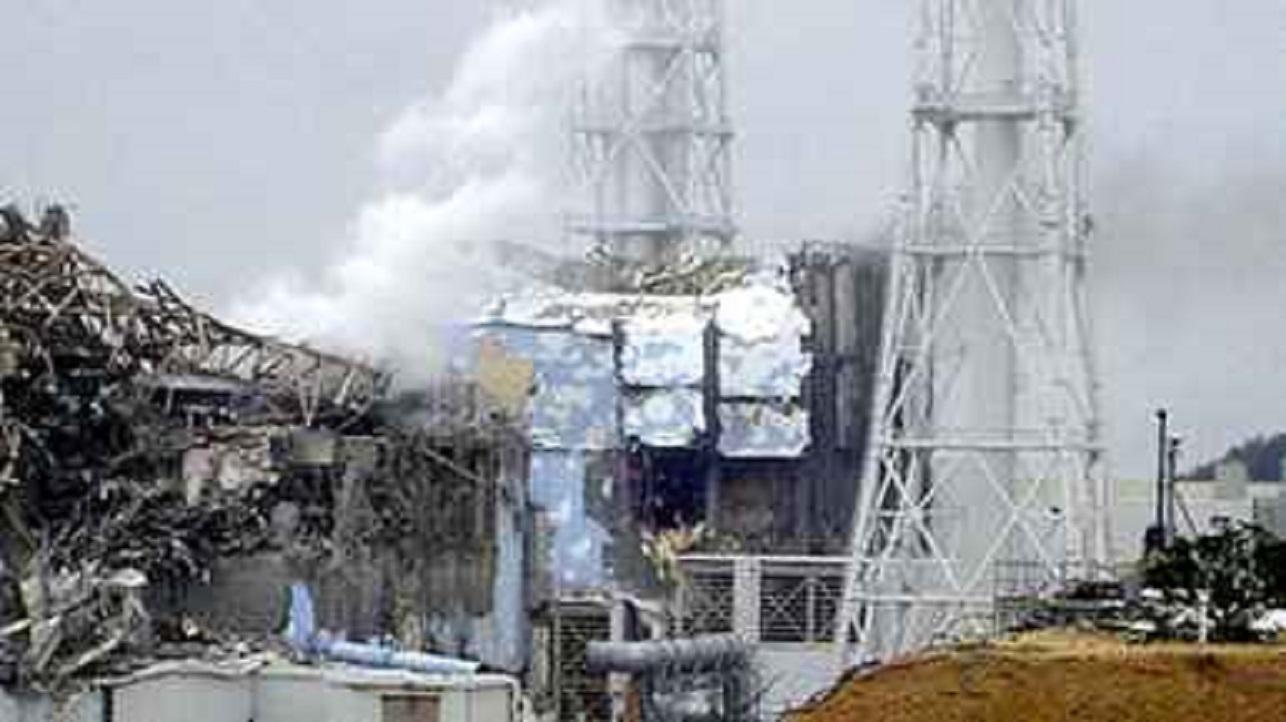 damaged-fukushima-no4-unit1.jpg