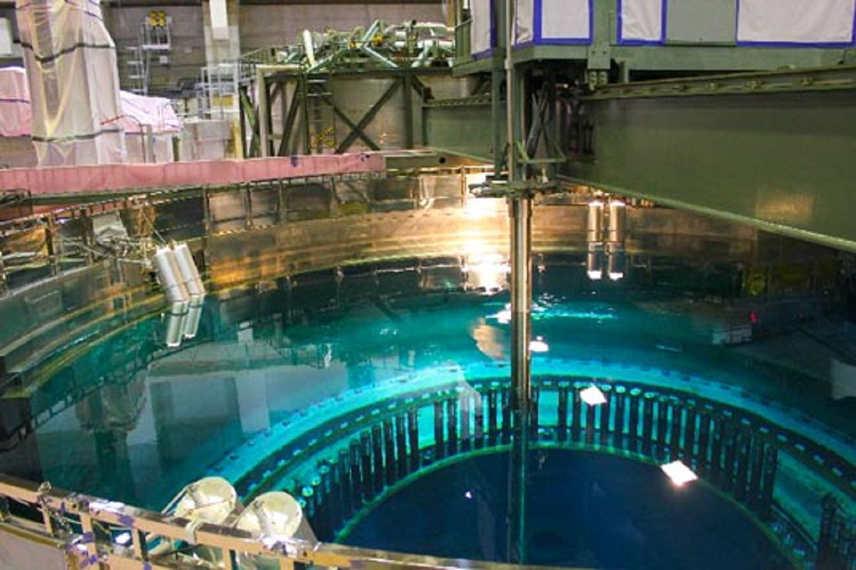 fukushima-fuel-rod-cell-assembly-removal-nucleur-decommissioning.jpg
