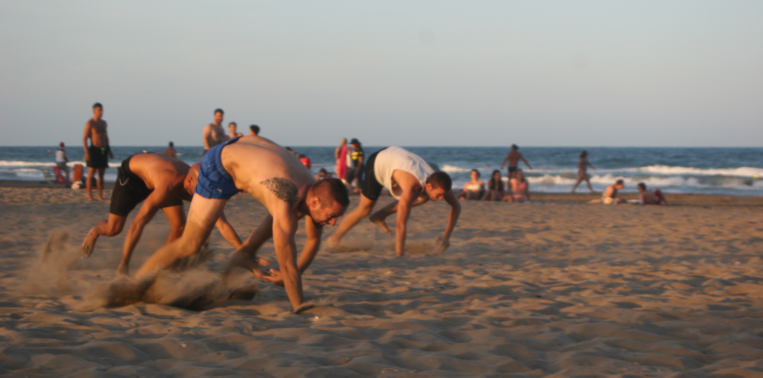 Full_CrossFit_Beach_Wod_V2_2015-3.jpg