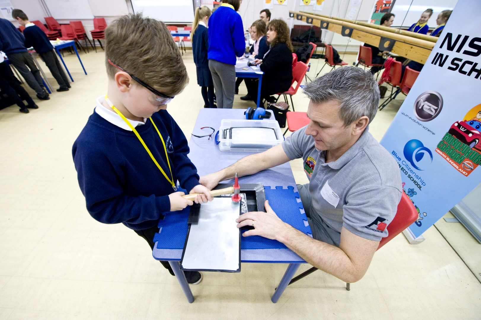 SCOSU INVENTORS STEAM Co. Day pic CD (74) (Large).jpg