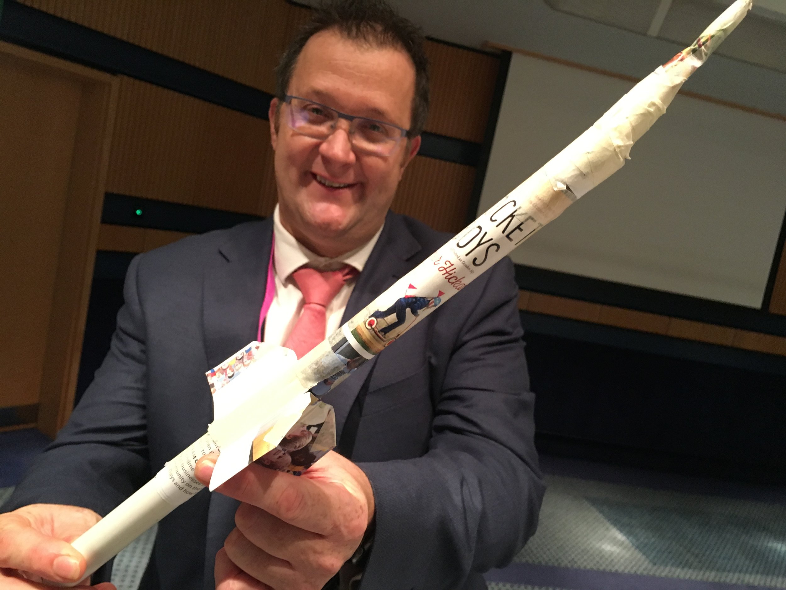 'Wot tech?' Passmores Head Teacher Vic Goddard with his very own 'Rocket Kids' air rocket!